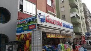 Market Kutu harf tabela